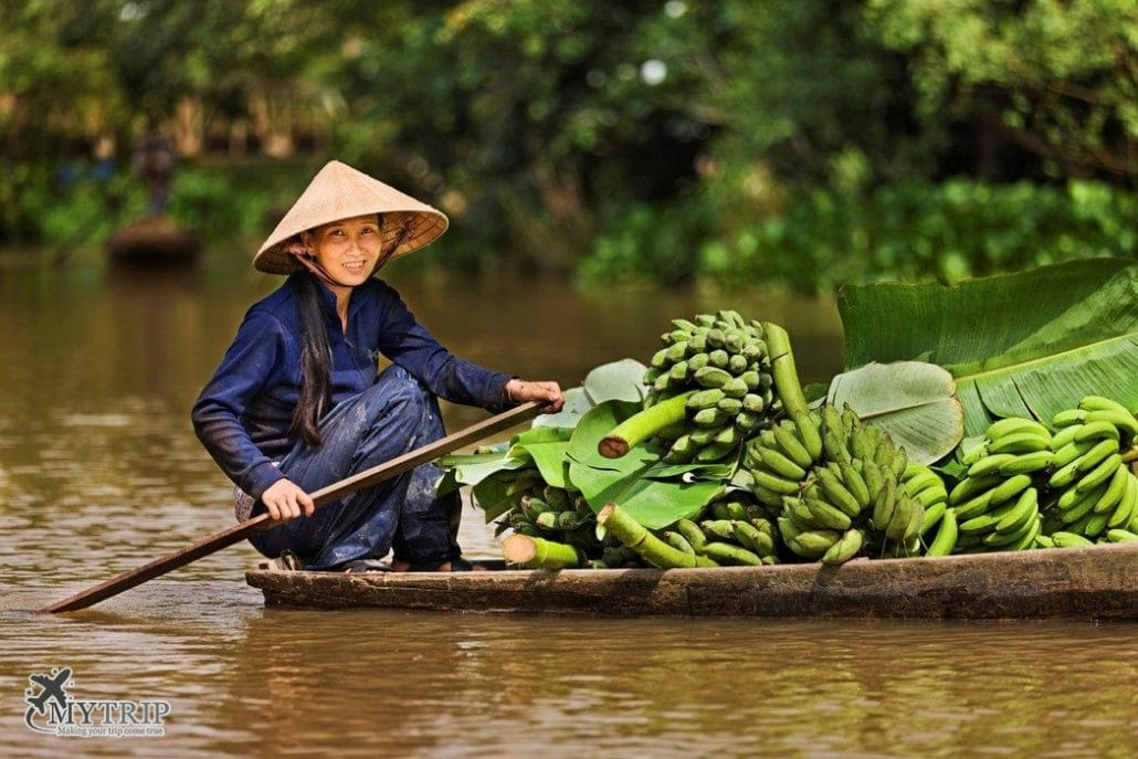 שייט בנהר טיול בווייטנאם