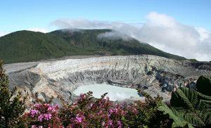 הר הגעש פואז בקוסטה ריקה