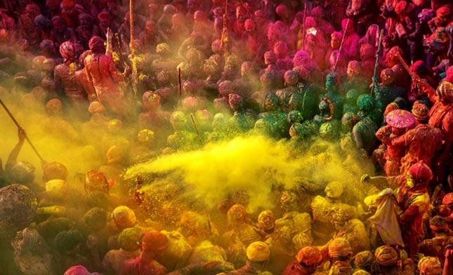 פסטיבל הצבעים הולי בהודו