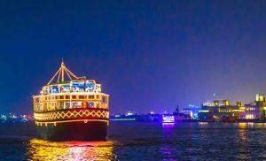 שייט בספינת דאו בדובאי
