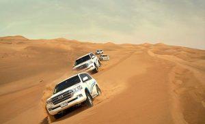ספארי ג'יפים במדבר בדובאי