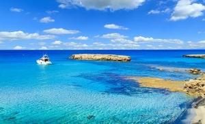 הלגונה הכחולה בקפריסין