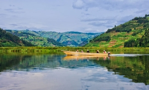 אגם בוניוני באוגנדה