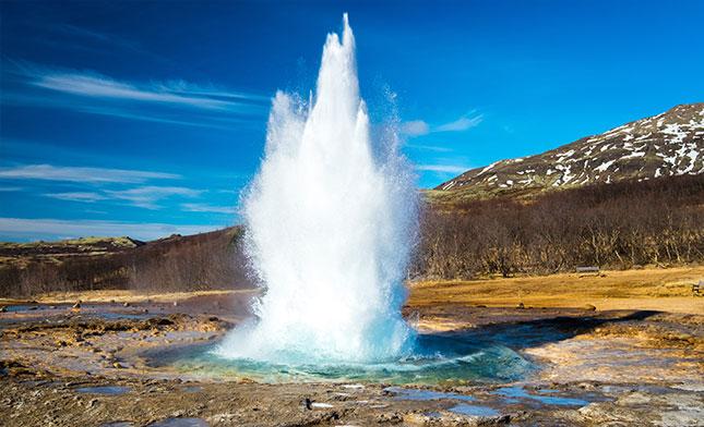 גייזר באיסלנד