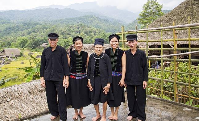 TAY-PEOPLE-IN-HAGIANG-VIETNAM